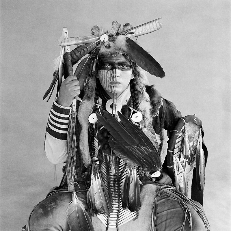 © Christine Turnauer – Richard Poafpybitti, Apache, 1986