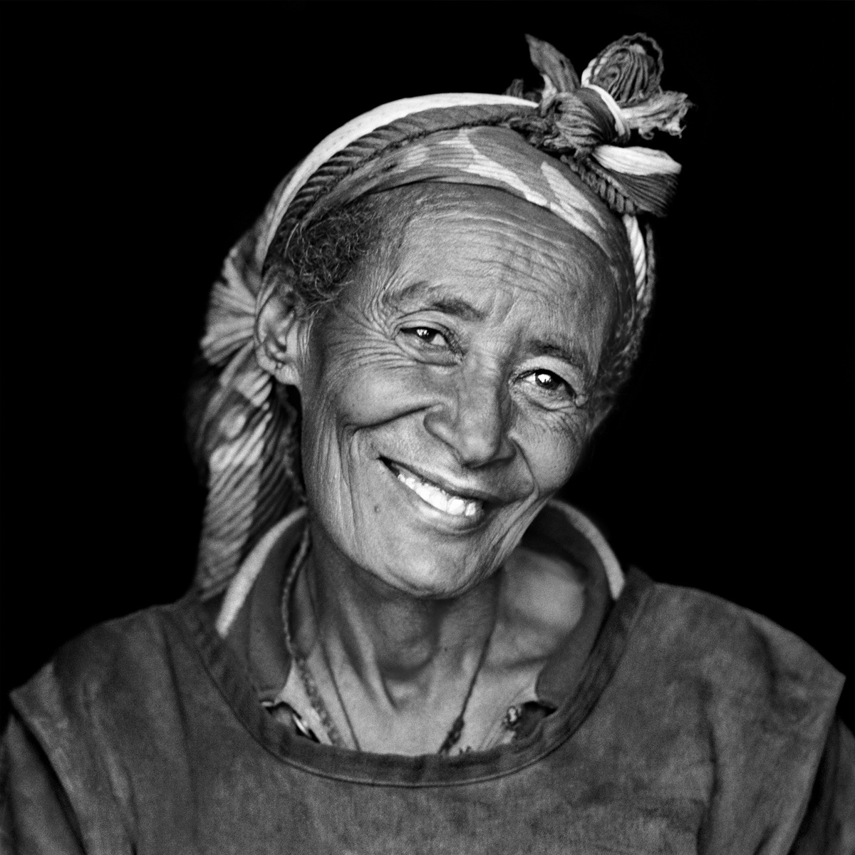 © Christine Turnauer - Worlid, coal merchant, Gondar Market, Ethiopia, 2011, Coal pigment print