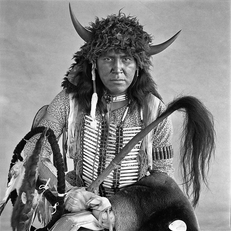 © Christine Turnauer – Alvin Manychief, Blood, 1986