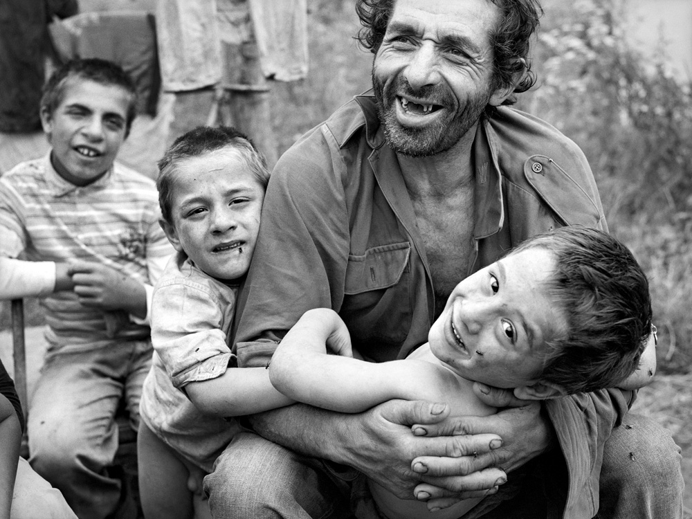 © Christine Turnauer – Milu and his sons, Tichindeal, Transylvania, Romania, 2016