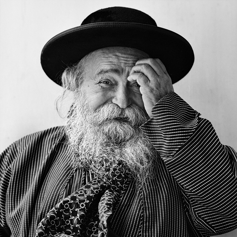 © Christine Turnauer – Rabbi Judah Frank, Mea Shearim, Jerusalem, 2011, Coal pigment print